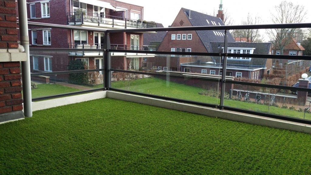 Kunstgras op balkon - Hoorn