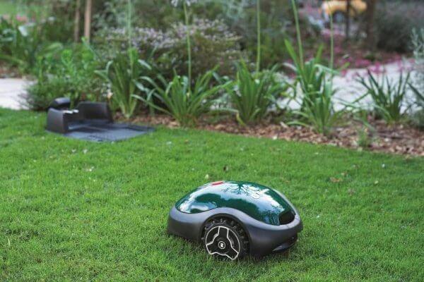 Robomow RX-model – robotmaaier op gras