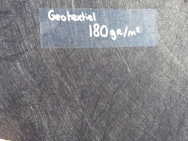 Geotextiel Non-woven 180gr